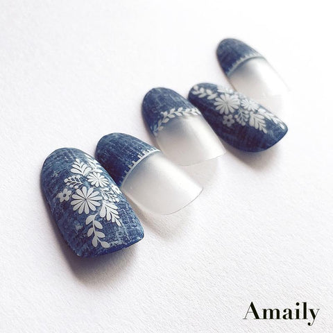 Amaily Japanese Nail Art Sticker / Folklore Tone / White Floral Motif