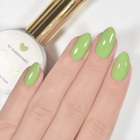 Charme Gel Polish / 701 Garden Party Pastel Green