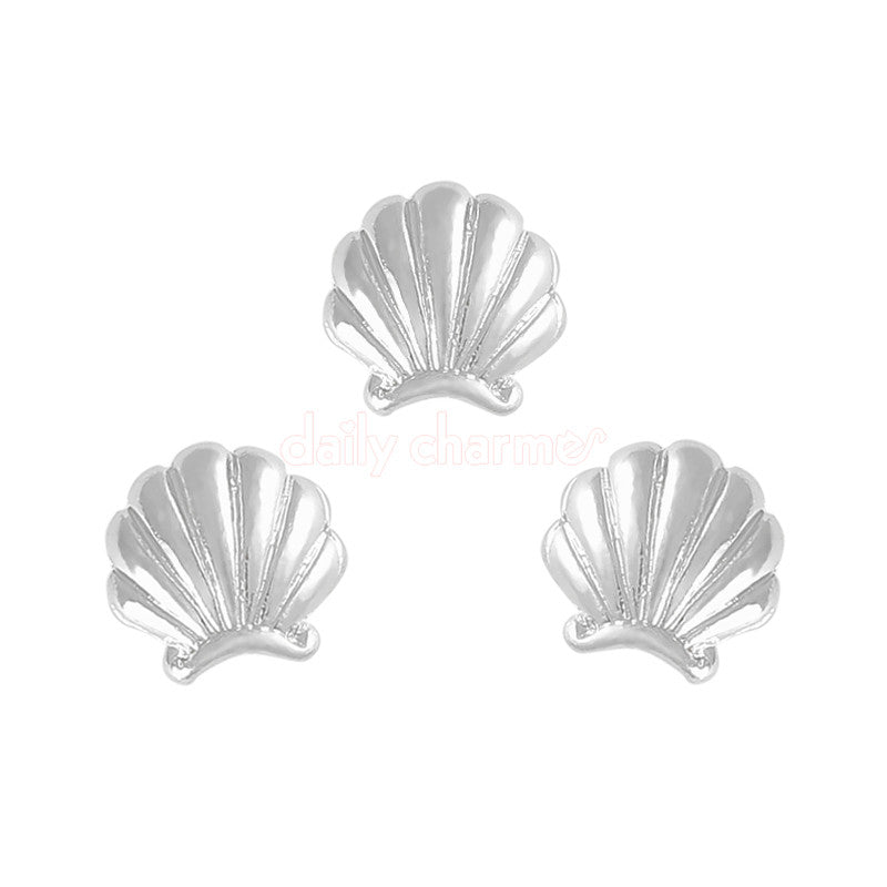 Clou Mermaid Shell Charm / Silver