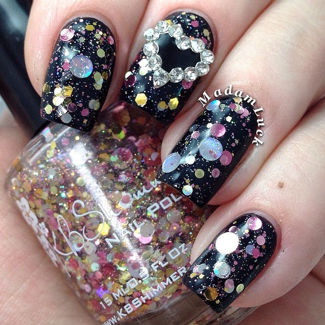 Nail Art Decoration - Black Heart / Gold