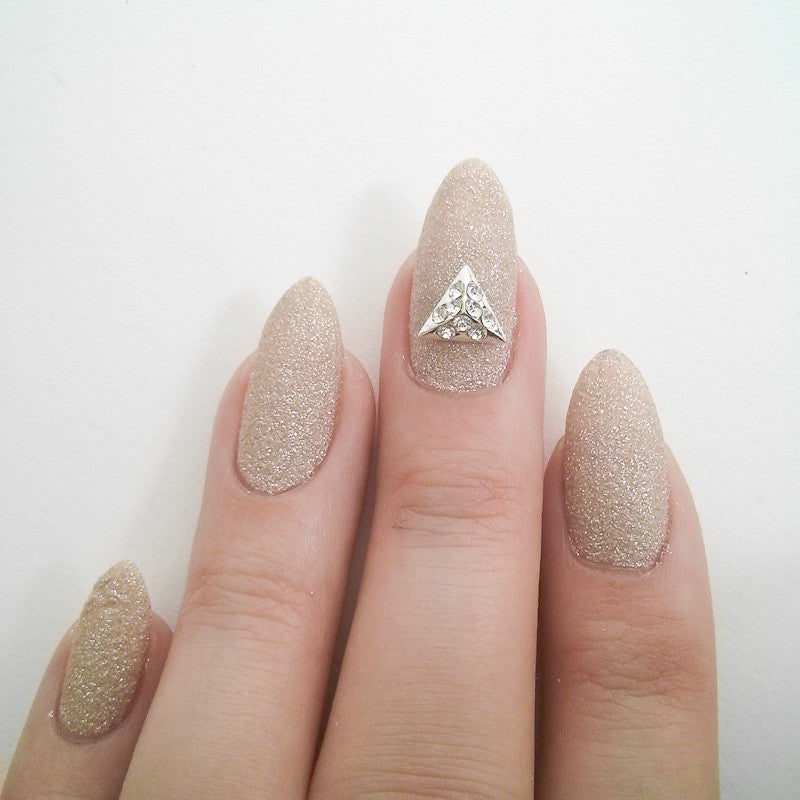 Nail Art Decoration - Pyramid / Large / Silver