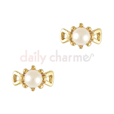 3D Nail Charm Jewelry Vintage Pearl Tiara / Gold