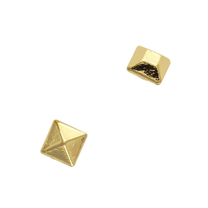 3D Nail Charms Metallic Pointed Square Gem / Gold