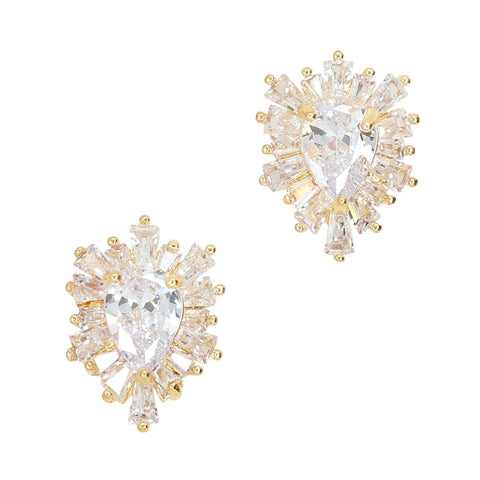 Daily Charme Crystalline Shield Zircon Gold Clear Charms Vintage Shape Reusable curved natural shape nails grand elegant large brilliant pear shaped zircon enveloped complementary crystals timeless design perfect all nail shapes knight shining armor sport