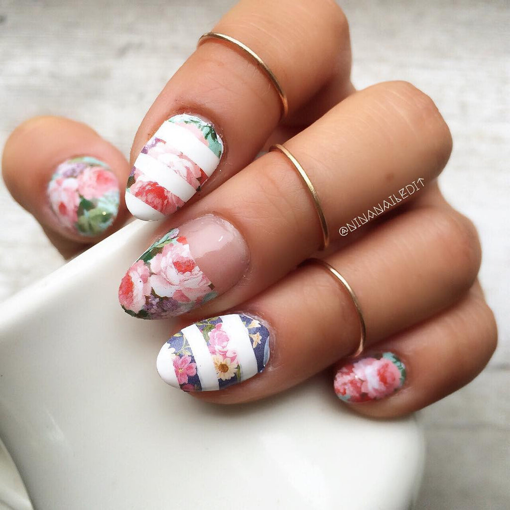 Nail Art Decals Full Coverage - Vintage Flowers Over Blue