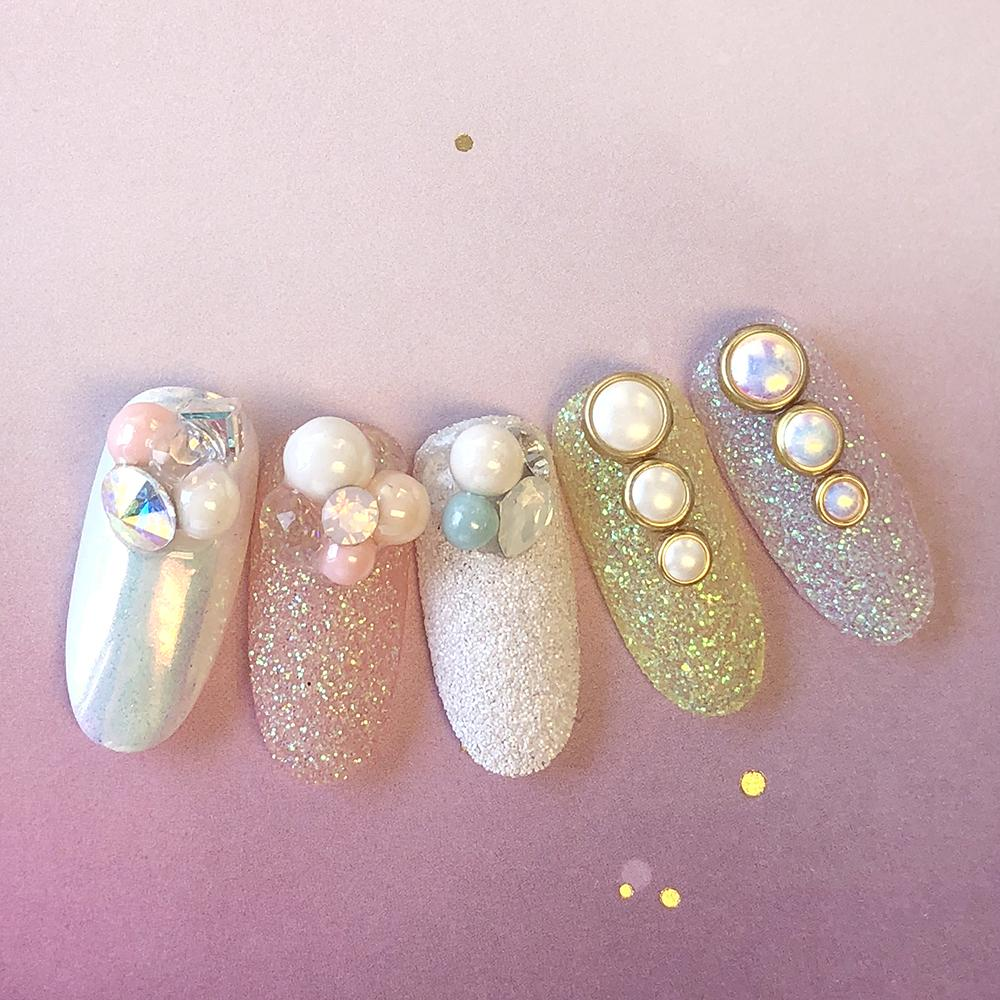 Dreamy Glossy Round Pearls Nail Art Decors