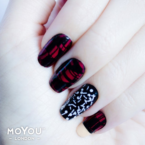 Nail Art Stamping Plate Image MoYou Artist Collection 4 The Kiss