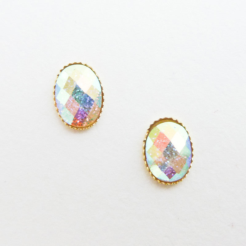 Nail Art Decoration - Oval Faceted Crystal & Gold Frame / Silver Glitter AB