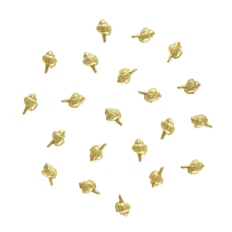Conch Seashell Studs / Gold Nail Art Decorations 3D