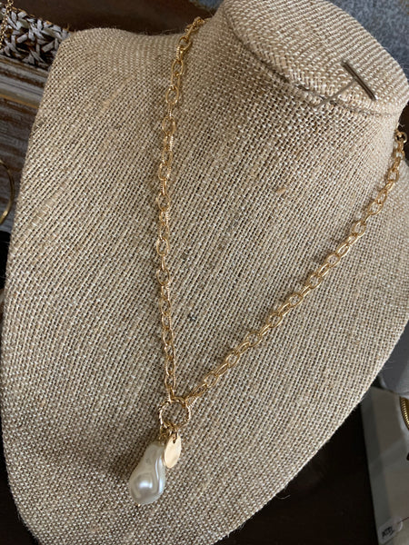 Gold Chain with pearl detail necklace
