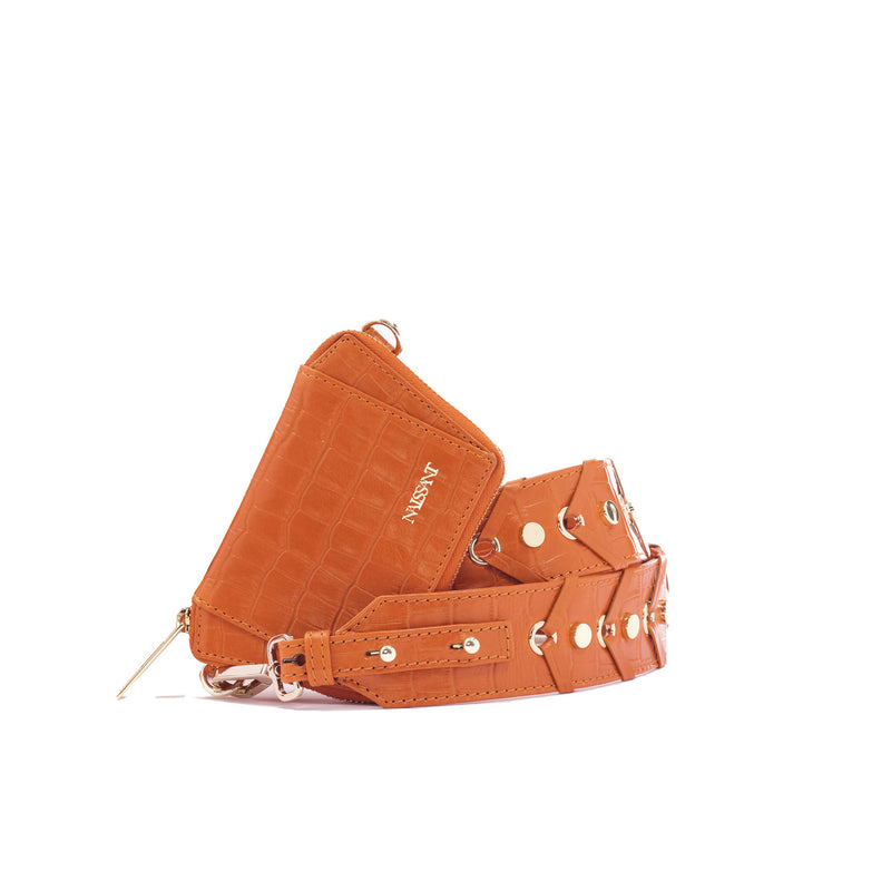Zipped wallet with strap to use as a crossbody in light brown croc leather