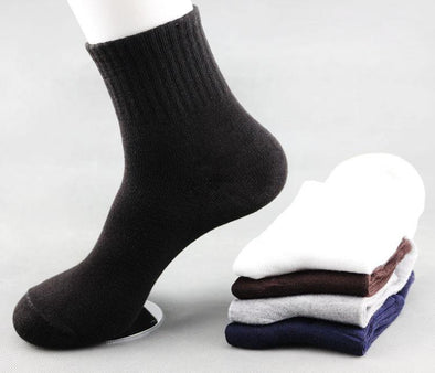 Men's solid color knit socks