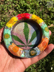 420 Psychedelic Daisy Resin Ashtray