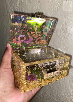 Iridescent Stash Box / Trinket Box w Key ( Read Description )