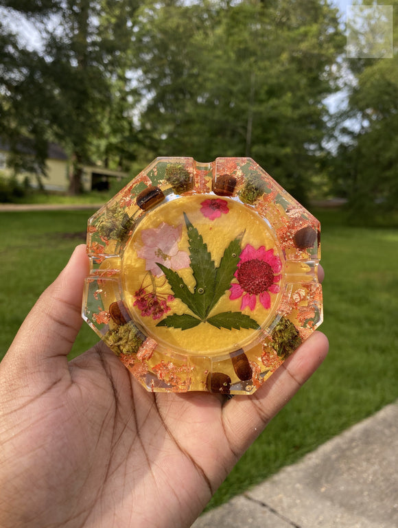 Mustard Nug Wake and Bake Ashtray