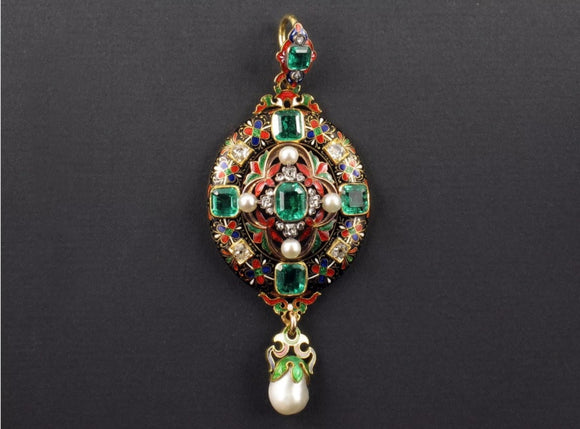 "A very rare Holbeinesque pendant in yellow gold with ""champlevé"" enamel diamonds, emeralds and natural pearls. England, 1860 c.a."