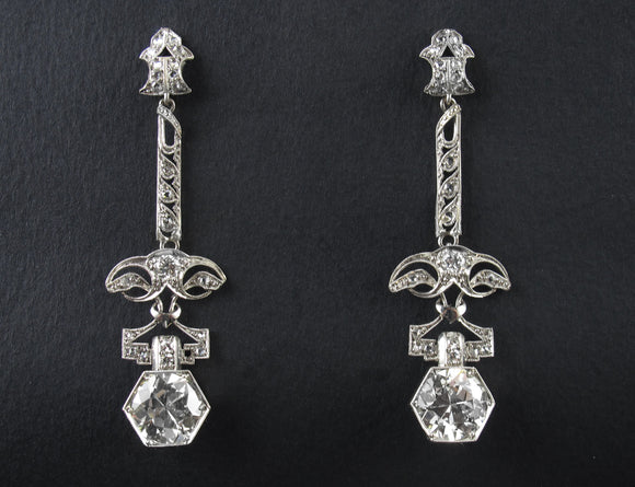 Edwardian platinum and diamond earrings, 1910 c.a.