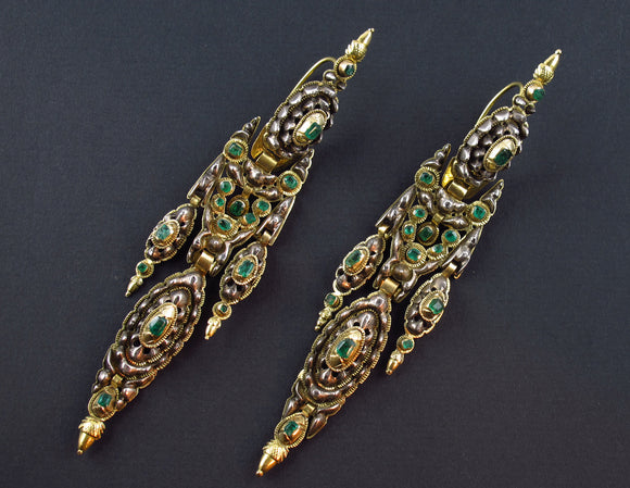 Antique gold, silver and emerald earrings. Spain 1800 c.a.