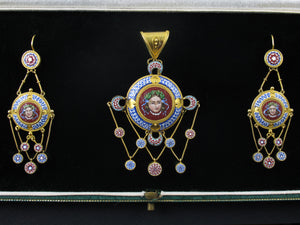 Antique gold and micromosaic parure, Rome 19th century