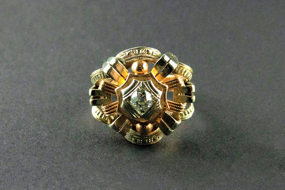 A yellow and white gold diamond ring. 1935 c.a.