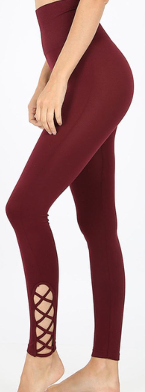 High Waist Leggings with Lattice Hem