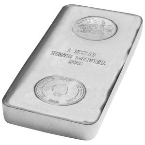 1kg Silver Bar Turtle Niue side view, featuring stamped turtle image and Queen's effigy
