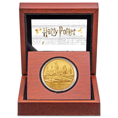 HARRY POTTER™ - Hogwarts Castle 1oz Gold Coin Display