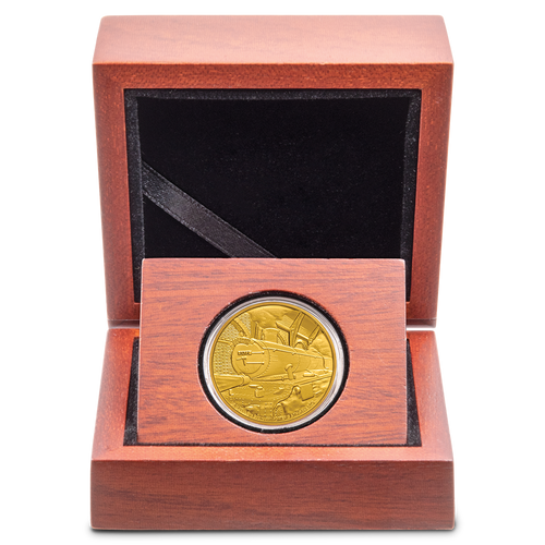 HARRY POTTER™ - Hogwarts™ Express 1/4oz Gold Coin Display