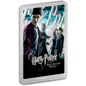 This is a unique memento for the sixth HARRY POTTER™ movie, Harry Potter and The Half-Blood Prince™. This replica movie poster coin features a combination of colour and engraving. It includes heroes Harry, Ron, Hermione and, of course for this movie, Dumbledore.