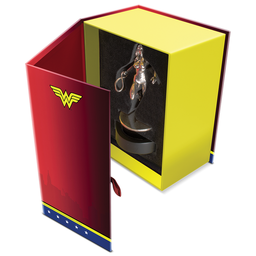 WONDER WOMAN™ 135g Silver Miniature Open