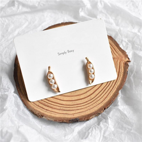 Delicate Pea Plant Pearl Earrings For Women - Simply Basy