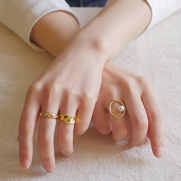 Minimalist Gold Plated Pearl Ring - Simply Basy