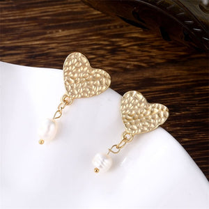 Pearl Heart Shaped Drop Earrings - Simply Basy