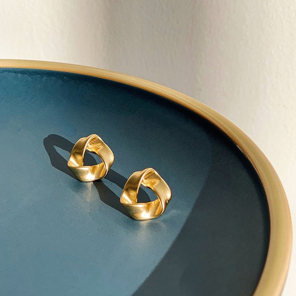 Matte Gold Geometric Earrings - Simply Basy