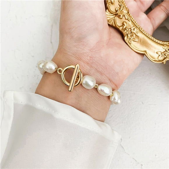 Minimalist Gold Plated Pearl Bracelet - Simply Basy