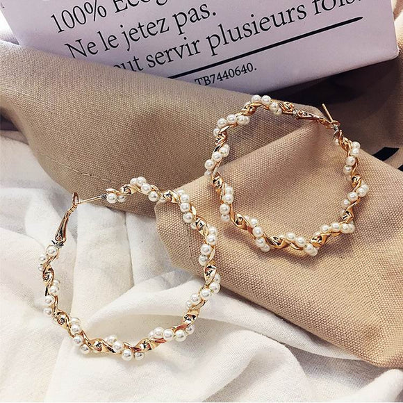 Pearl Wrap Hoop Earrings - Simply Basy