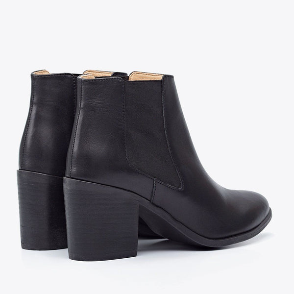 NISOLO Women's Heeled Chelsea Boot Black