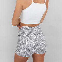 Lineage Crossover High-Waisted Short