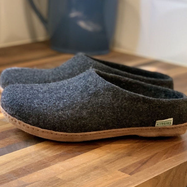 Kyrgies All Natural Molded Sole - Low Back - Charcoal Mens
