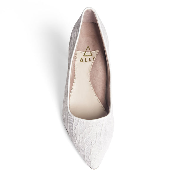 ALLY Lady Lace Pointed-Toe Pump