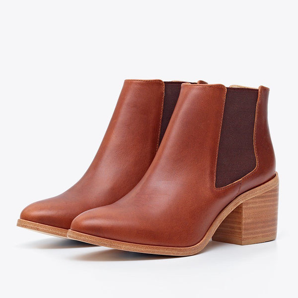 Heeled Chelsea Boot Brandy