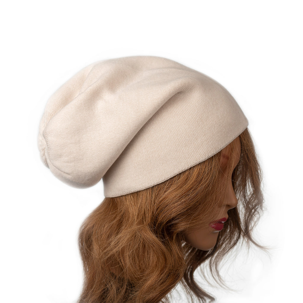Vanilla coloured toque