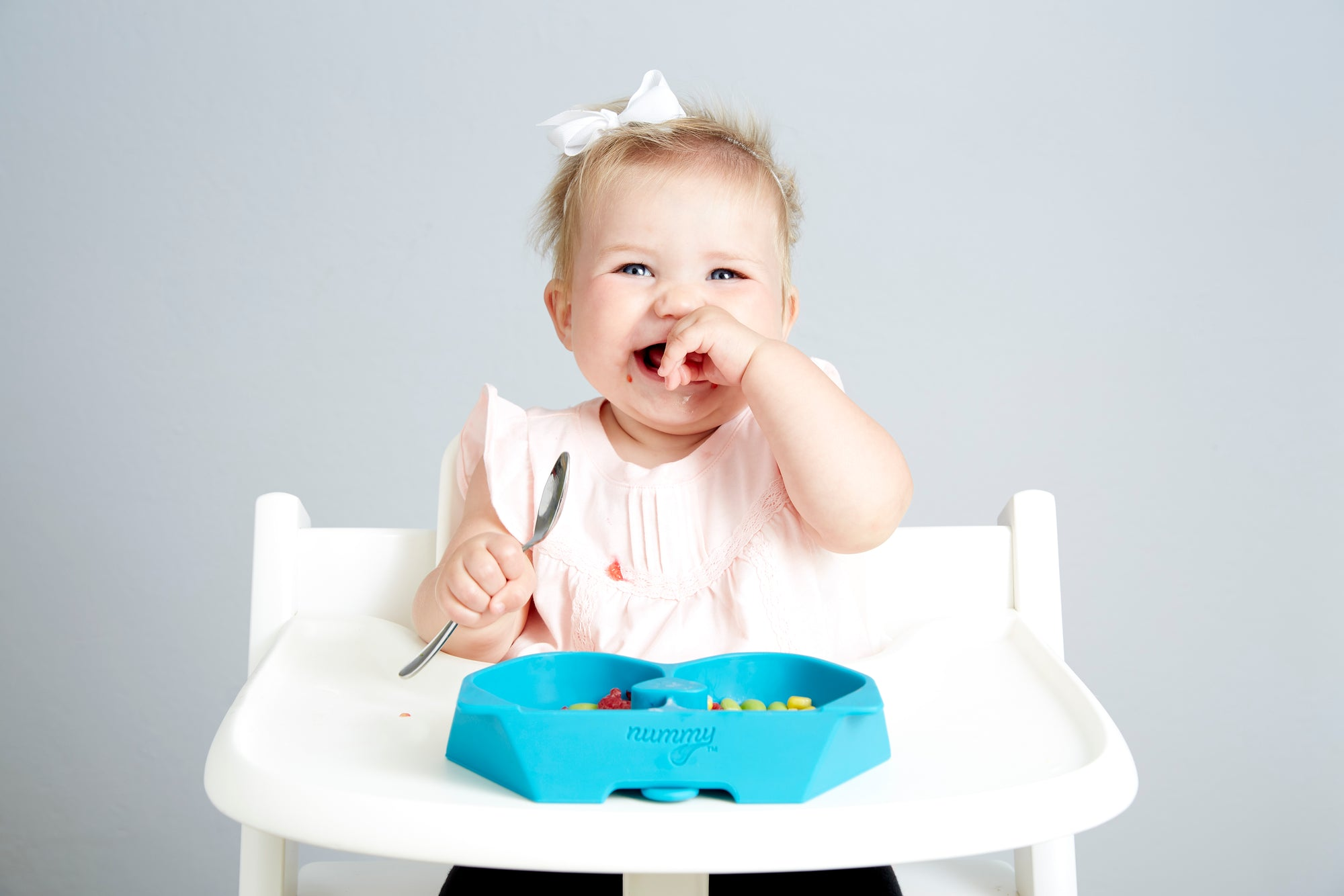 Let Your Baby Do the Work: Why we Love Baby-Led Weaning!