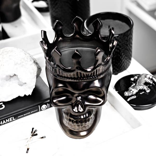 Monte Cristo Collection Alexandre Skull Candle Gunmetal