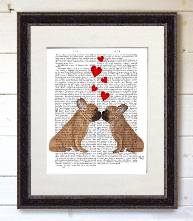 French Kiss and Hearts Bulldog Art Print with Black Frame - BodyFactory