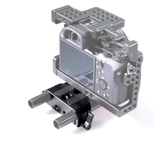 Load image into Gallery viewer, SmallRig Baseplate with Dual 15mm Rod Clamp 1674
