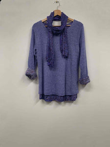 Double layer knit jumper with scarf - clothing