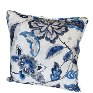 Blomsterpude i denim, Corinne & Crowley Collection