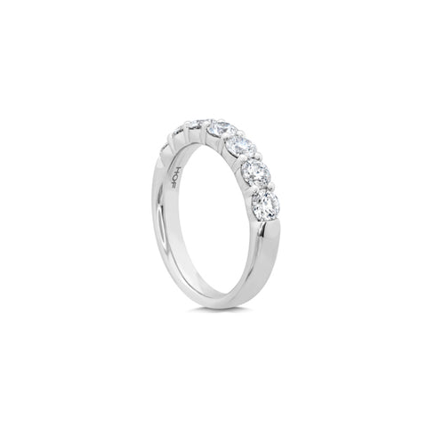 HEARTS ON FIRE SIGNATURE 7 DIAMOND RING WITH DIAMONDS TOTALLING 1.22CT