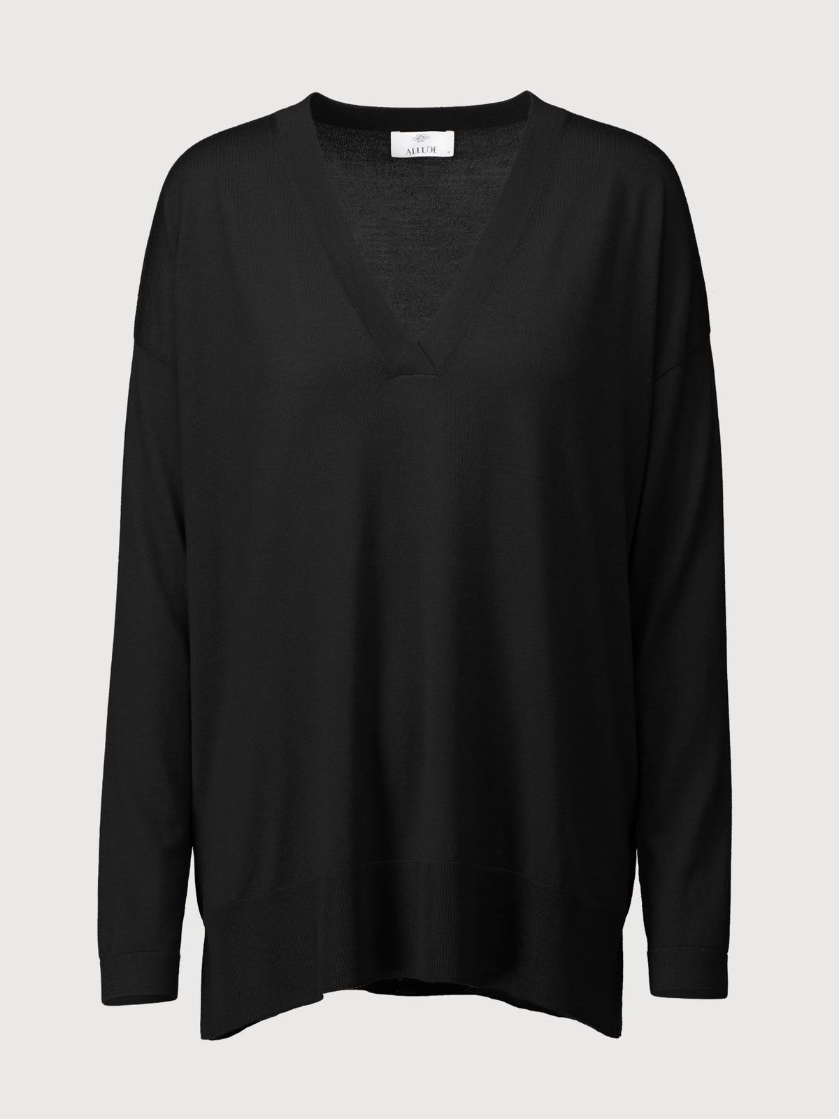 Deep V-neck Sweater | Black